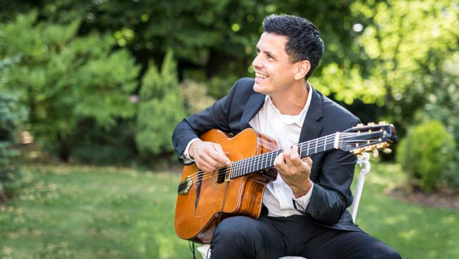 Ghali guitare 16 swing jazz mariage-1