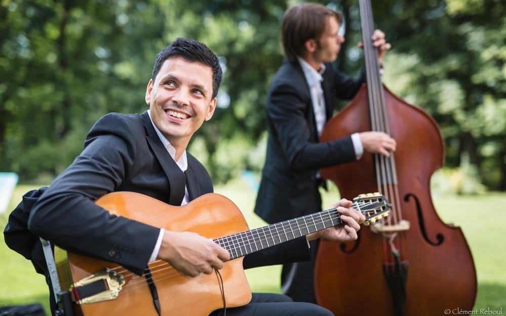 comment-choisir-le-groupe-de-musique-pour-son-mariage-trio-jazz-manouche-1